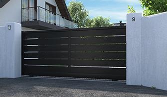 portail coulissant gris anthracite ajouré en aluminium